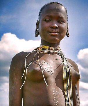 naked african tribe women
