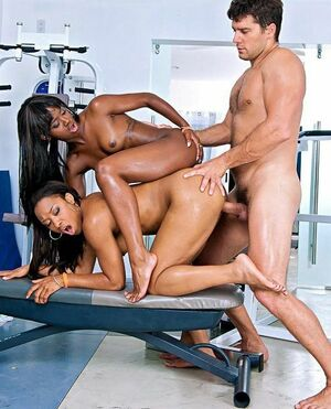 black ffm threesome