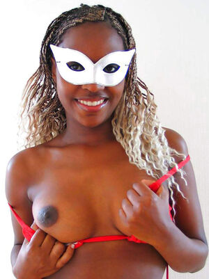 topless ebony