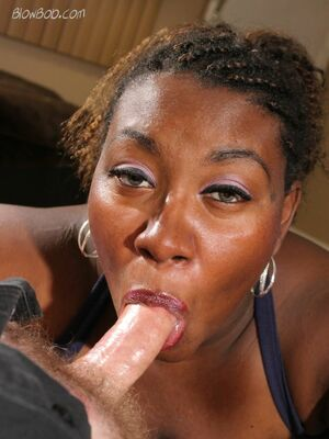 ebony public blowjob