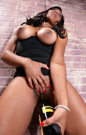 tara fox ebony