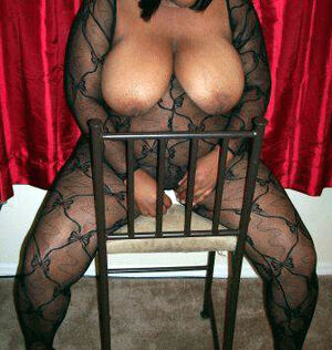 naked ebony wife